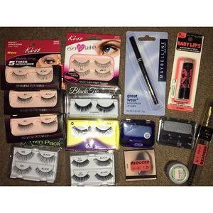 Kiss false eyelashes makeup Lot